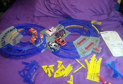 Shake And Go Crash Ups Speedway Track Lot With 6 Cars Fisher Price Complete Trac