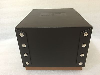 Brietling Brown box original item and is mint condition