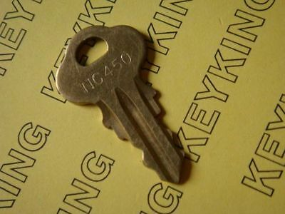 Code NC450 Vending Key Gumball Candy Vending Machine Northwestern Oak Eagle A&A