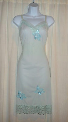 Vtg Youth Form Light Blue with Applique and Lace Full Slip 36