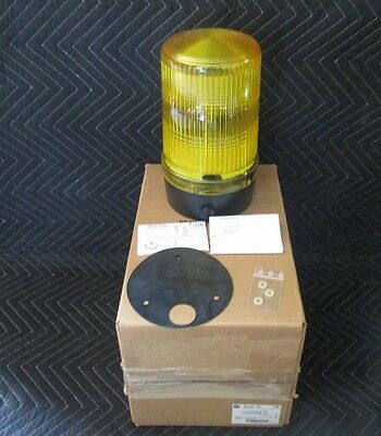 Allen Bradley 855BL-S24FH8 Flashing Surface Mount Yellow new