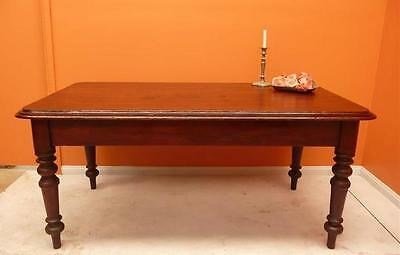 CEDAR KITCHEN DINING TABLE seats 6+ slightly 'country rustic' well turned legs