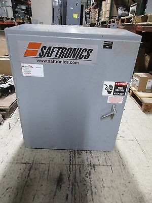 Saftronics Enclosed Soft Start 2031201 200HP Output: 0-460V 0-240A Used