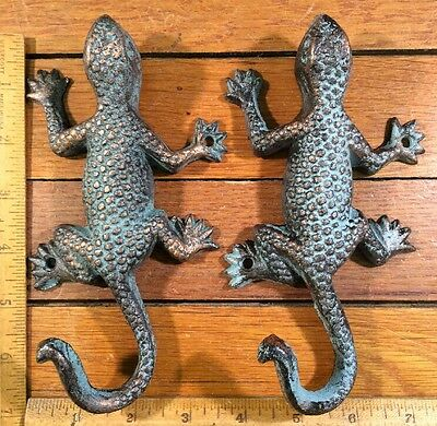 2 Large Lizard Gecko Hooks Coat Wall Leash Rustic iron Antique style decor 6-3/4