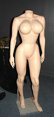 female mannequins, custom dolly parton body