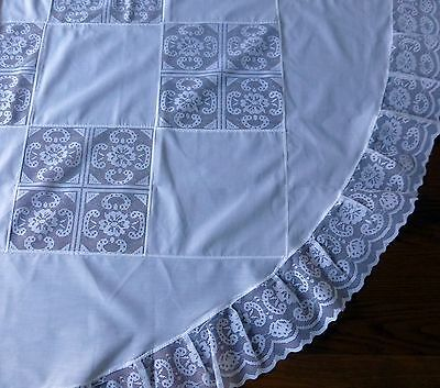 Vintage round white tablecloth with lace inserts 172cm diametre