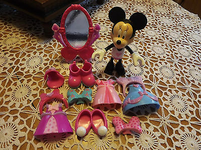 """Fisher Price Minnie Mouse Bowtique Dress Up 6"""" doll Minnie Clip on Clothes"""