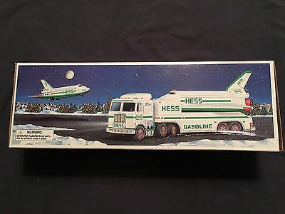 BRAND NEW STILL IN THE BOX 1999 Hess Toy Truck and Space Shuttle with Satellite