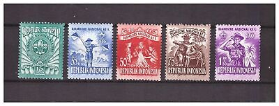 s14410) INDONESIA 1955 MNH** Scout 5v