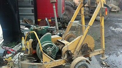 cable pulling winch tree work logs recovery  tractor lorry farm