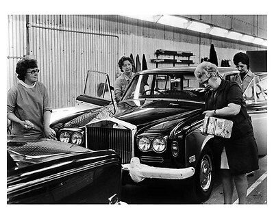1972 Rolls Royce ORIGINAL Factory Photo ouc1332