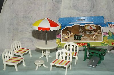 Sylvanian Families Vintage TOMY Furniture - Patio Furniture and Barbecue Set