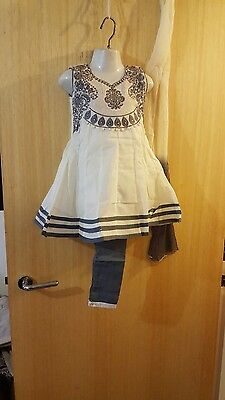 NEW Indian asian salwar kameez anarkali white size 18,20 for 1.5 to 2 yrs girls