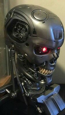 Chronicle Collectibles Sideshow Terminator 1:1 Endo Skull