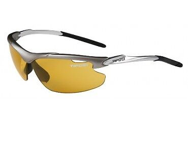 Tifosi GT Fototec Tyrant Sunglasses for tennis/golf. Sports glasses.