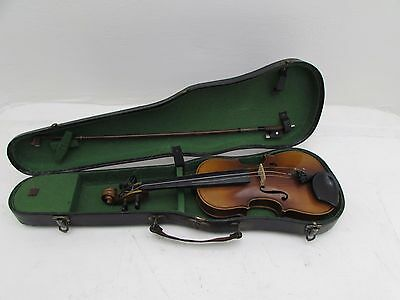 Old Quarter Size Violin In Case 46cm