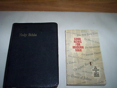 Holy Bible Authorized KJV by World Publishing Cleveland & NY US Self Pronouncing