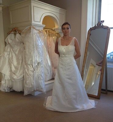 Da vinci genuine designer ex-sample wedding dress size 12 gown (33.