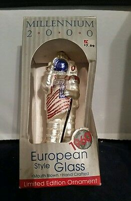 1969 Astronaut Neil Armstrong ORNAMENT European Mouth Blown Glass RELEASED 2000