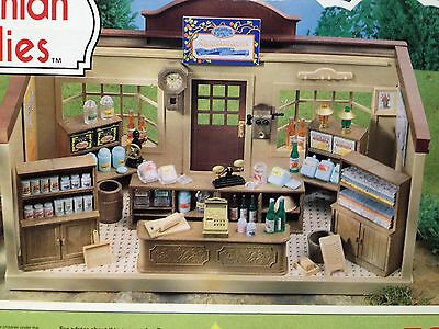 Vintage TOMY Sylvanian Families Village Store RARE wiith many accessories & box!