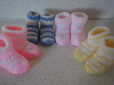 Baby unisex 0-3 / 3-6 month stripe booties / hand knit * 4 Colours* Cute*