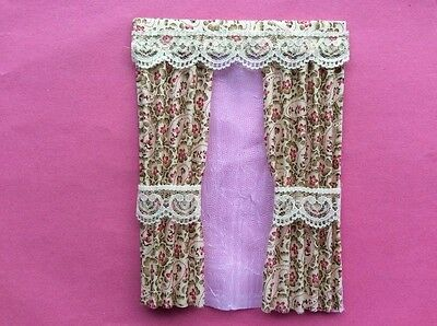 """1 gold and red patterened house curtains  5""""X 6.75"""""""
