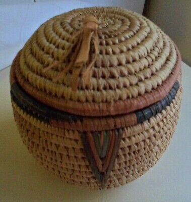 Vintage Old Hand Made Tribal Ethnic African Woven Coiled Lid Basket Natural Dyes