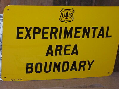 EXPERIMENTAL AREA BOUNDRY    VINTAGE    US Forest Service -- TREE - TACK IT SIGN