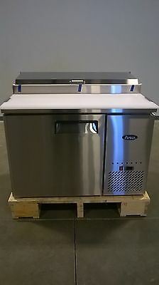 """New 44"""" Refrigerated Pizza Prep Table 1 Door 6 Pans 19.5"""" Deep Board & Casters"""