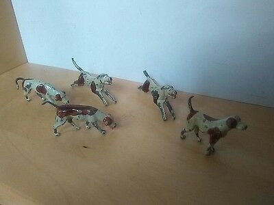 Britains Hunt series Hounds , dogs  Pre - War  LEAD Figures  .  1/32