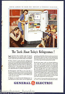 1941 GENERAL ELECTRIC REFRIGERATOR advertisement, family in kitchen