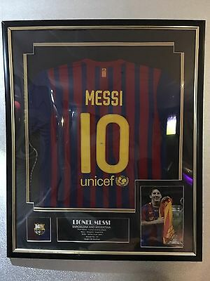 ⚽️⚽️ LIONEL MESSI SHIRT With Signed Pic Of Messi Framed With COA ⚽️⚽️