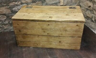 handmade reclaimed solid wood blanket box trunk chest rustic