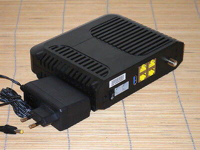 Cisco EPC3925 Euro DOCSIS 3.0 Wireles Cable Modem Embedded Digital Voice Adapter