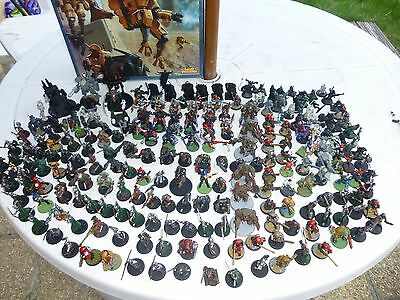 LARGE  COLLECTION OF WARHAMMER FIGURES AND OTHERS  &  PARTS & Bits
