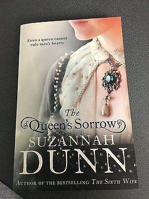 The Queen's Sorrow book by Suzannah Dunn