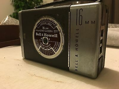 bell and howell 16mm cine camera taylor and hobson + case