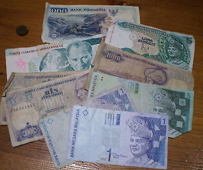 Lot Of 9 X World Banknotes