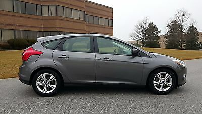 2012 Ford Focus SE 2012 Ford Focus With Sport Package, Select Shift