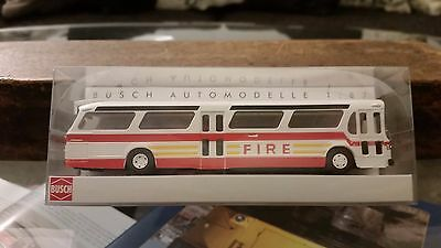 Busch GMC Fishbowl Bus New Look 44506 New York City Fire Department HO Scale