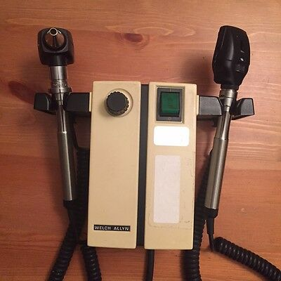 WELCH ALLYN Otoscope Ophthalmoscope Wall Mount 74710 Diagnostic Set w/ Heads