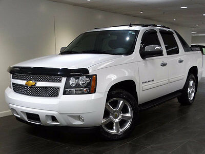 2012 Chevrolet Avalanche 4WD Crew Cab LS 2012 CHEVY AVALANCHE LS 4WD TRUCK 20-WHEELS MOONROOF ON-START EXHAUST RUNNING-B