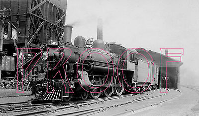 Canadian National Railways (CNR) Engine 1609 at Lindsay in 1943 - 8x10 Photo