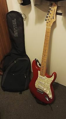 Stratocaster Electric Guitar AXL 6 String with Whammy bar