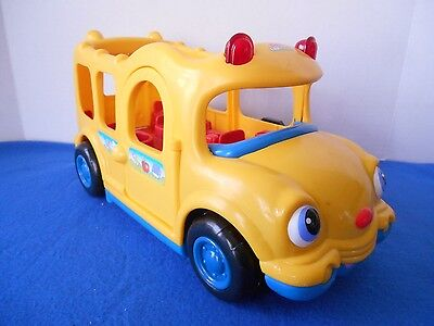 Fisher Price Little People 2005 Lil' Movers Yellow School Bus