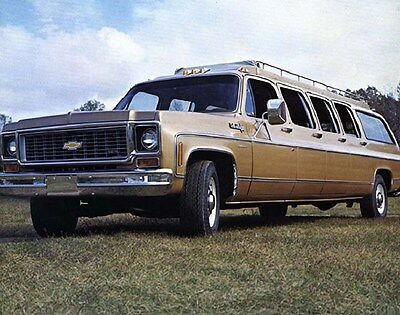 1972 Chevrolet Suburban Stageway Airport Limo Factory Photo ca6373