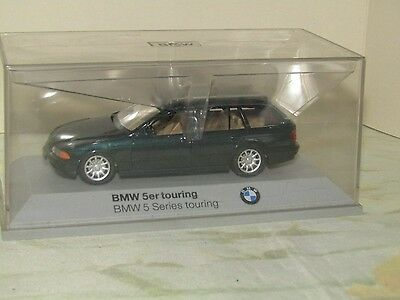 Schuco Bmw 5 Series Touring Scale 1:43