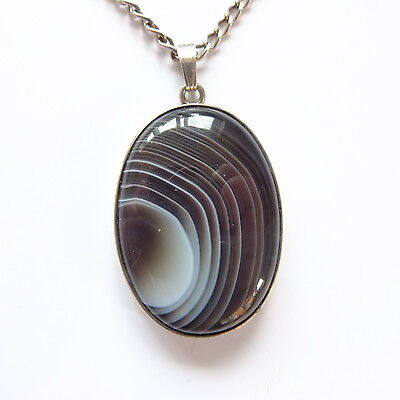 Lovely Vintage Silver Banded Agate Pendant with Silver Chain Hallmarked 1979