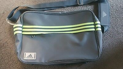 Adidas bag ex condition hardly used