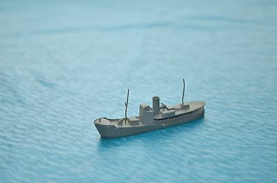 "Bassett Lowke Waterline Models 52/439 "" Small Trawler """